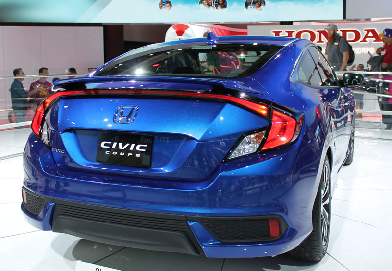 2016 honda civic changes 10th gen civic breaks new ground at pro car studio. Black Bedroom Furniture Sets. Home Design Ideas